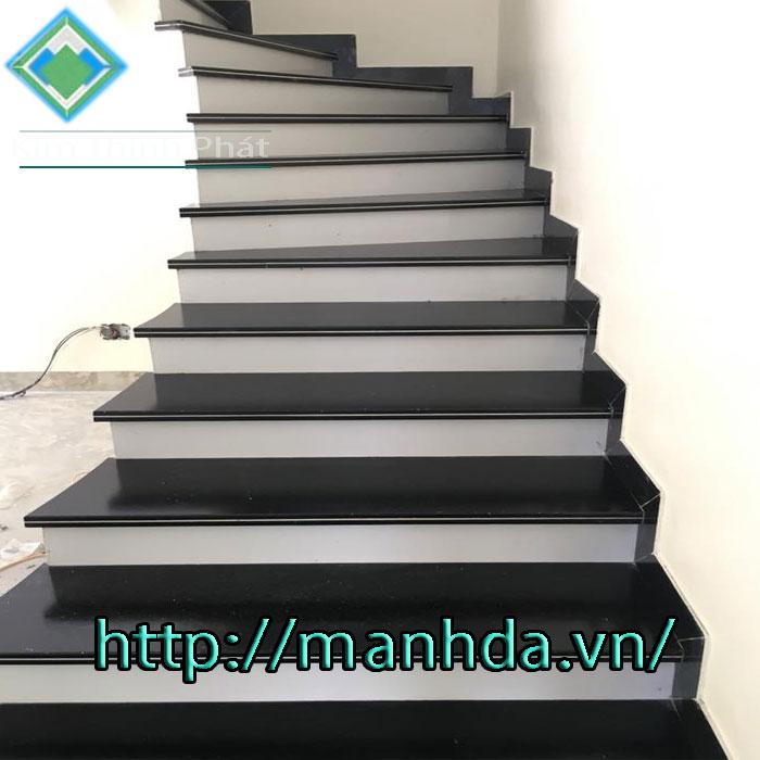 cầu thang đá vĩnh long