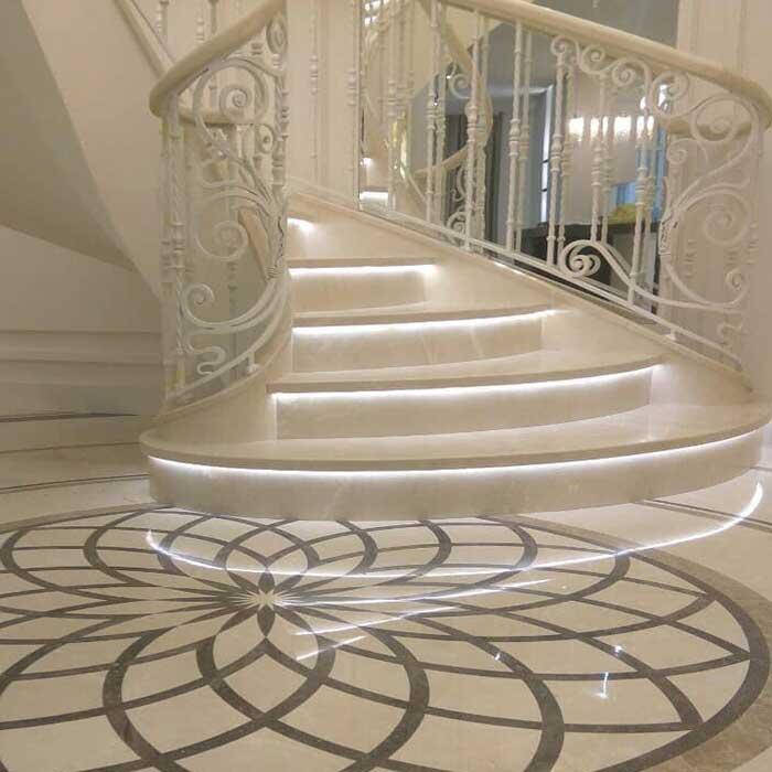 đá hoa cương cầu thang khách sạn
